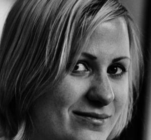 Pastamaniac: Sabine Soikorski, Portrai, schwarz-weiß