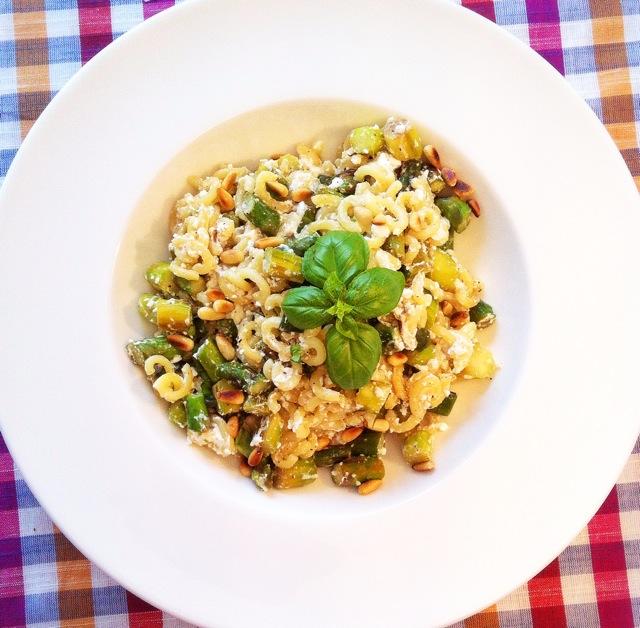siktwinfood: Pasta mit grünem Spargel und Ziegenfrischkäse