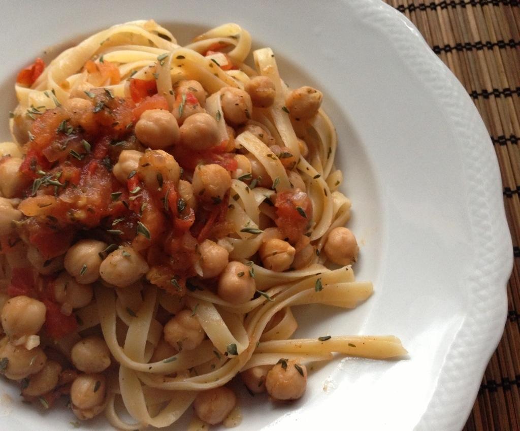 Pastamaniac: Gastbeitrag von Tofutante.de Tagliatelle mit Kichererbsen.