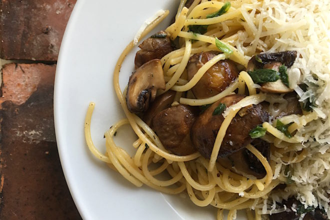 Pastamaniac: Spaghetti mit Champignons und frischen Kraeutern