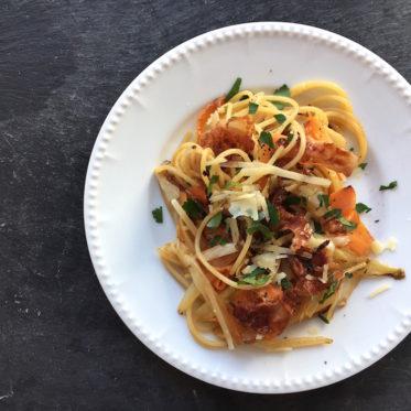 Spaghetti mit Chicorée, Möhren und Bacon-Chips, Pastamaniac