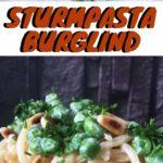 Spaghetti mit Erbsen, Chili und Zitrone in Frischkäsesauce. Vegetarisches Rezept für Nudeln