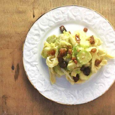 Pasta mit Topinambur und karamellisierten Maronen. Vegetarisches Nudel-Rezept